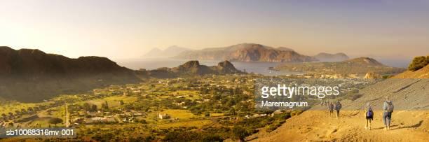 italy, sicily, eolian archipelago, tourists at vulcano - äolische inseln stock-fotos und bilder