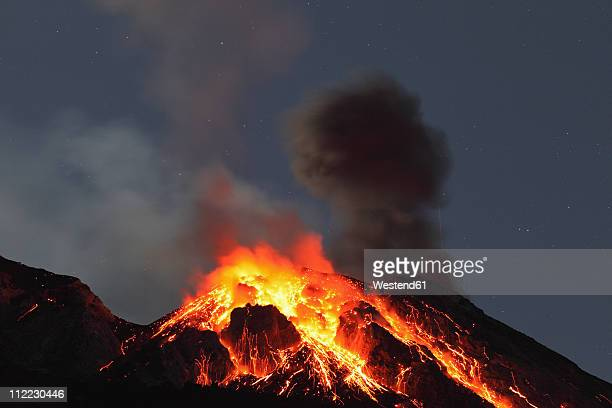 italy, sicily, lava flow from stromboli volcano - volcanic activity stock pictures, royalty-free photos & images