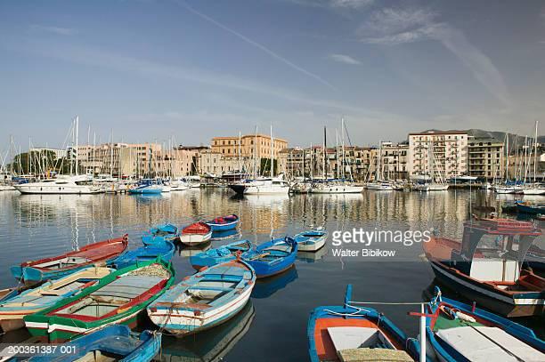 italy, sicily, palermo, la cala harbor - シチリア パレルモ市 ストックフォトと画像