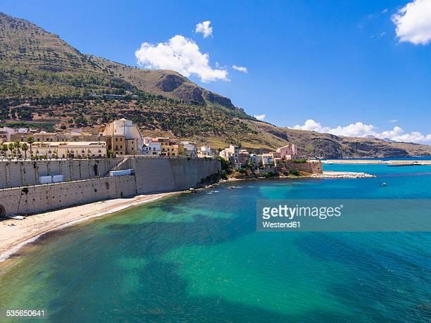 italy, sicily, province of trapani, fishing village castellammare del golfo - シチリア ストックフォトと画像