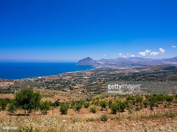 Italy, Sicily, Province of Trapani, View to village Erice and Monte Cofano