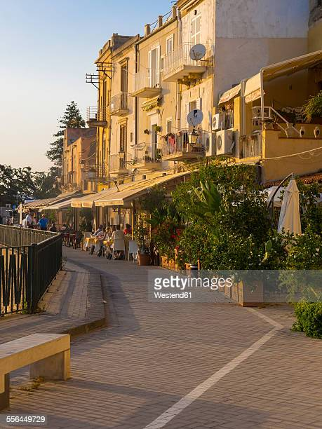 Italy, Sicily, Siracusa, restaurants on the promenade of the old town