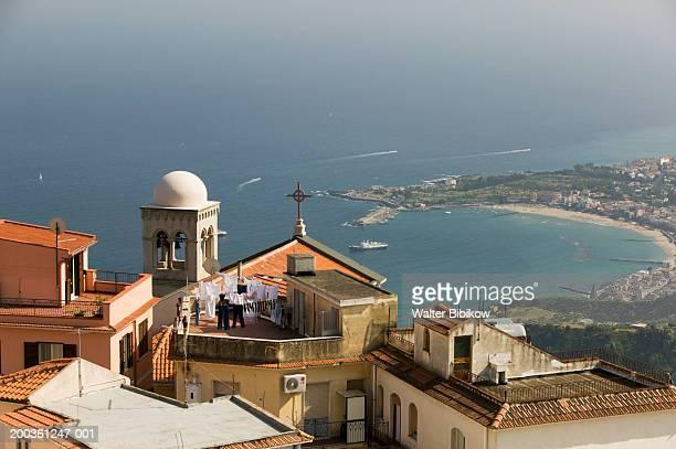 italy, sicily, taormina, castelmola and gulf of naxos - naxos sicily stock pictures, royalty-free photos & images