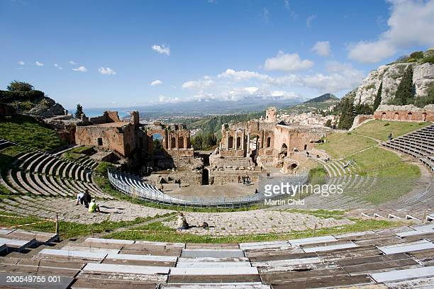 italy, sicily, taormina, greek theatre - taormina stock pictures, royalty-free photos & images