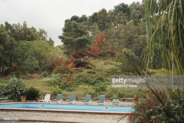 Sicily Vacances en Sicile piscine entourée par la végétation