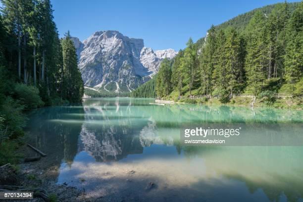 italy, south tyrol, dolomites, prags, braies, pragser wildsee - alpi foto e immagini stock