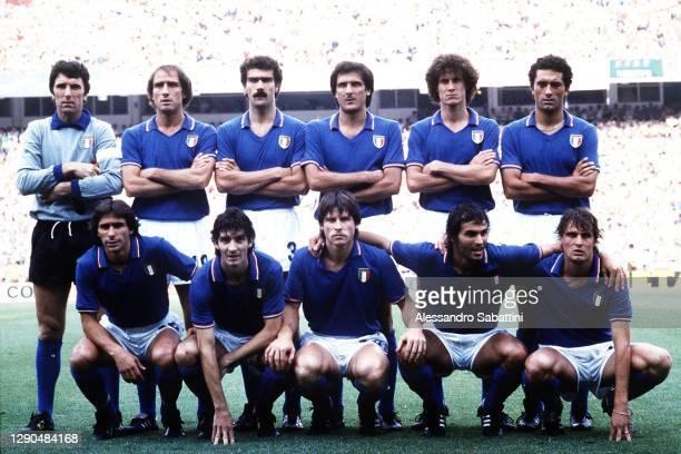Italy team line up Dino Zoff, Francesco Graziani, Giuseppe Bergomi, Gaetano Scirea , Fulvio Collovati, Claudio Gentile Bruno Conti, Paolo Rossi,...