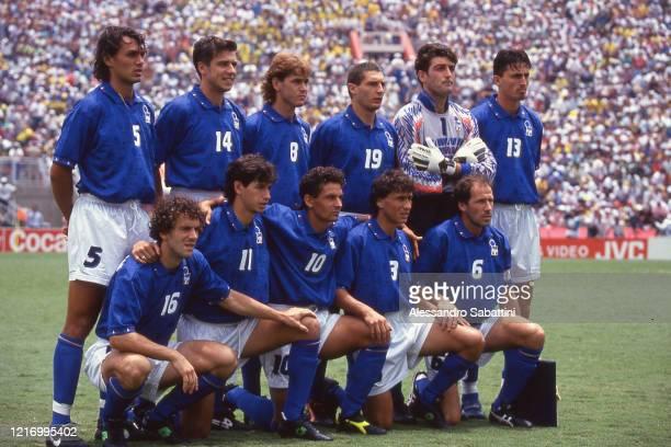 Italy Team Paolo Maldini Nicola Berti Roberto Mussi Gianluca Pagliuca Dino Baggio Roberto Donadoni Demetrio Albertini Roberto Baggio Antonio...