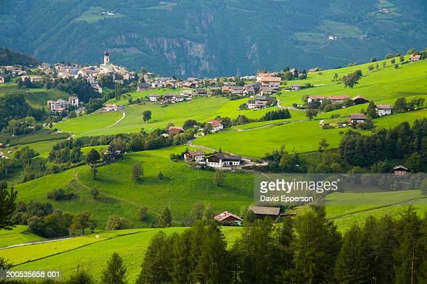 Italy, Trentino-Alto Adige, Alto Adige, Dolomites, Fie and Vols, dawn