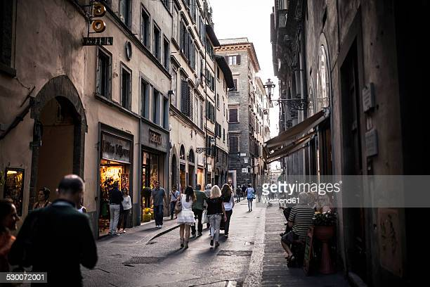 italy, tuscany, florence, street scene - florence italy stock pictures, royalty-free photos & images