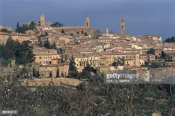 Italy, Tuscany Region, Val D'Orcia, town of Montalcino on hill