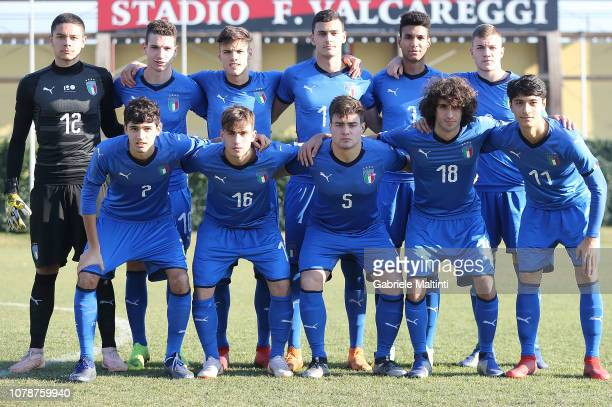 Italy U18 team pose during the friendly match between Italy U18 and Selezione A at Centro Tecnico Federale di Coverciano on January 7 2019 in...