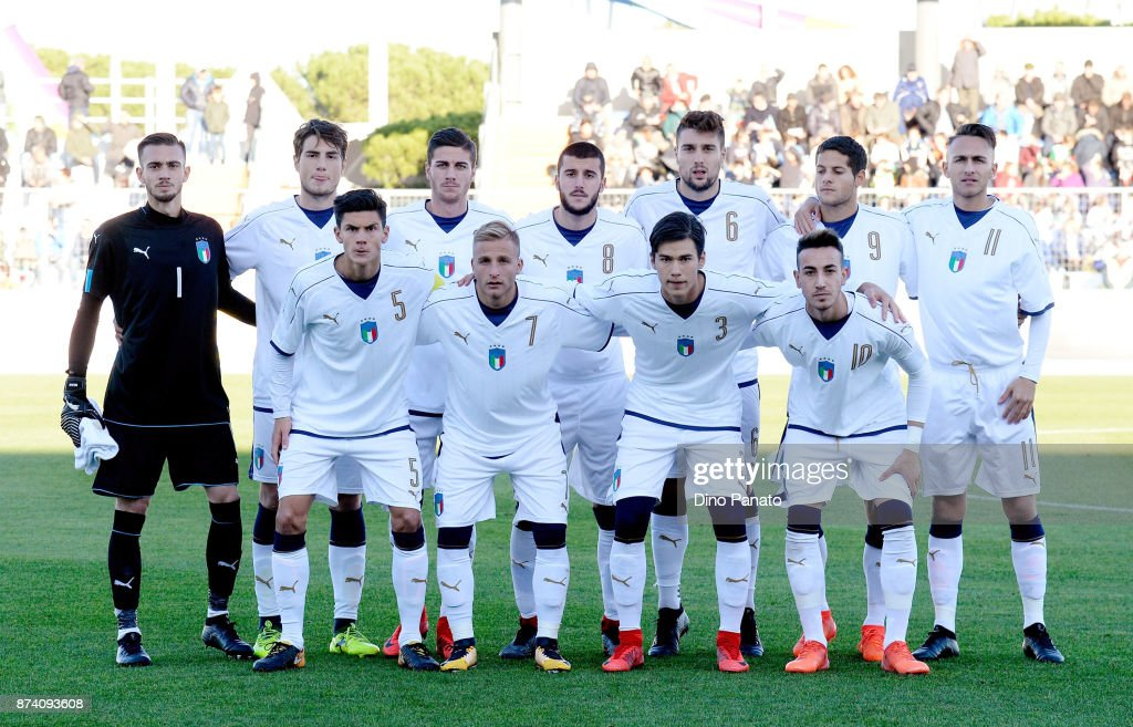 Italy U20 players poses before the 8 Nations Tournament match between Italy U20 and Netherlands U20 at Stadio G. Teghil on November 14, 2017 in Lignano Sabbiadoro, Italy.