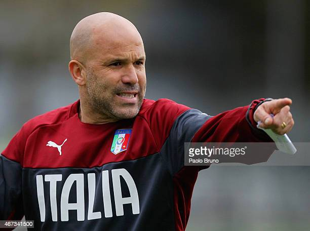 Italy U21 head coach Luigi Di Biagio gestures during a training session at the Giulio Onesti Sports Center on March 23, 2015 in Rome, Italy.