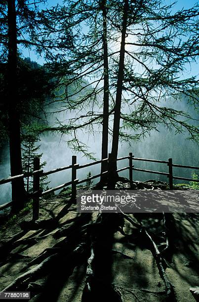italy, valle d'aosta, la thuile, footpath at waterfall - la thuile foto e immagini stock