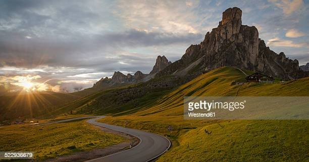 italy, veneto, province of belluno, giau pass, monte nuvolau at sunrise - mountain pass stock pictures, royalty-free photos & images