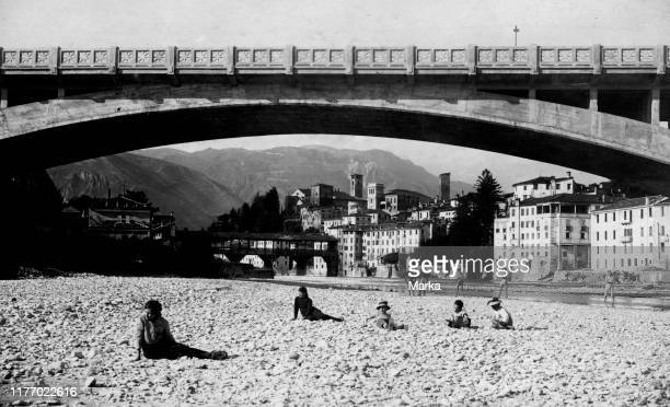 Italy. Veneto. The old bridge of bassano del grappa on the banks of the brenta. 1910-20.