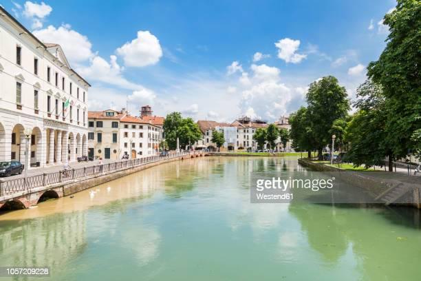italy, veneto, treviso, sile river - トレヴィーゾ市 ストックフォトと画像