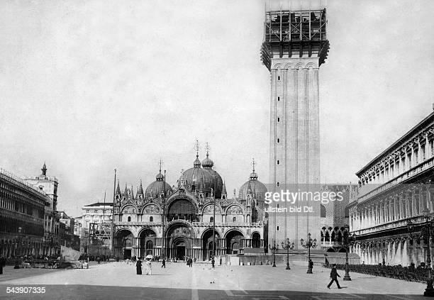Italy Veneto Venezia Rebuilding of the St Mark's Campanile beside the St Mark's Basilica at the Piazza San Marco in Venice Photographer Berliner...