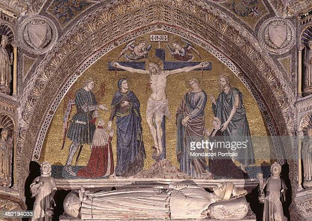 Italy Veneto VEnice Church of Saints John and Paul Whole artwork view Mosaic for the funeral monument of the Doge Morosini Jesus on the Cross Our...