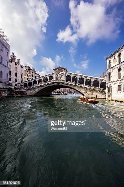 Italy, Veneto, Venice, Grand Canal and Rialto Bridge