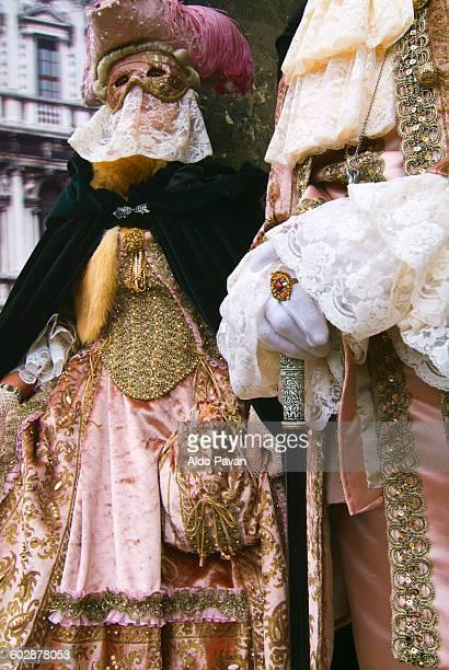italy, venice, carnival - maschere veneziane foto e immagini stock