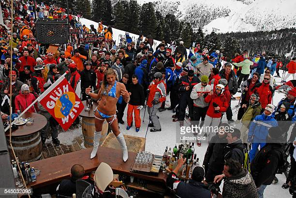 Italy zwischen Wolkenstein und Campite ApresSki at Piz Seteur mountain table dance