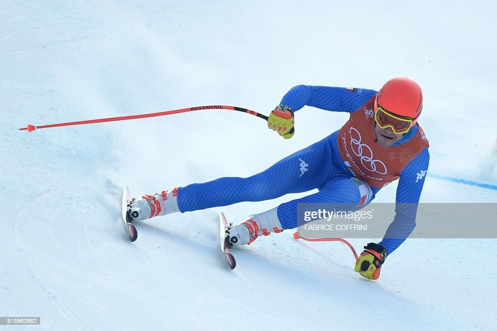 TOPSHOT - Italy's Christof Innerhofer takes part in the Men's Downhill 2nd training at the Jeongseon Alpine Center during the Pyeongchang 2018 Winter Olympic Games in Pyeongchang on February 9, 2018. / AFP PHOTO / Fabrice COFFRINI