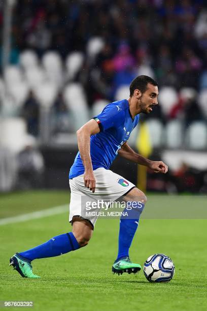 Italy's defender Davide Zappacosta controls the ball during a the international friendly football match between Italy and the Netherlands at the...