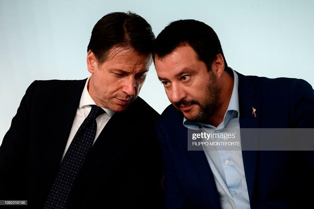 ITALY-EU-POLITICS-GOVERNMENT-ECONOMY-BUDGET : Foto di attualità