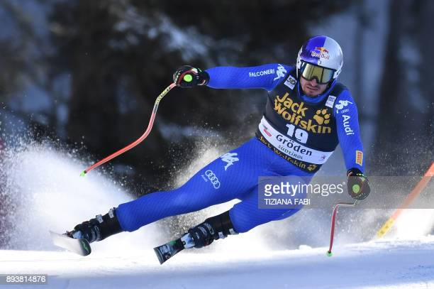 Italy's Dominik Paris competes in the FIS Alpine World Cup Men Downhill on December 16 2017 in Val Gardena Groeden Italian Alps / AFP PHOTO / Tiziana...