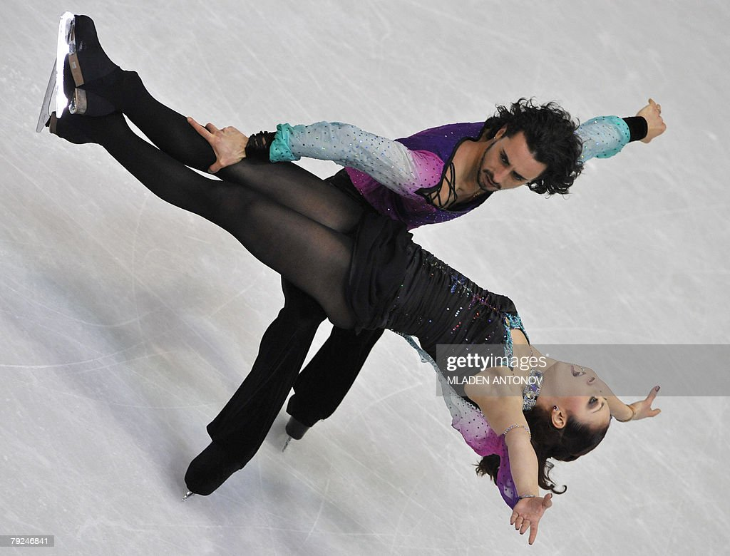 Italy's Federica Faiella and Massimo Scali perform their free dance at the Dom Sportova Arena in Zagreb, 25 January 2008, during the European Figure Skating Championships 2008.