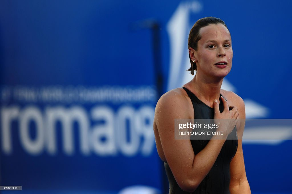 Italy's Federica Pellegrini reacts after : News Photo