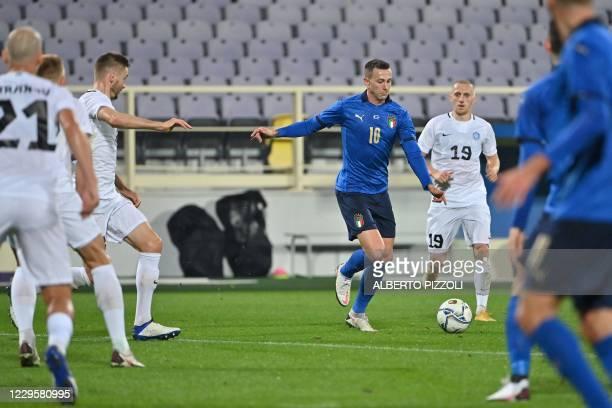 Italy's forward Federico Bernardeschi prepares toshoot and score his team's second goal during the friendly soccer match Italy vs Estonia on November...