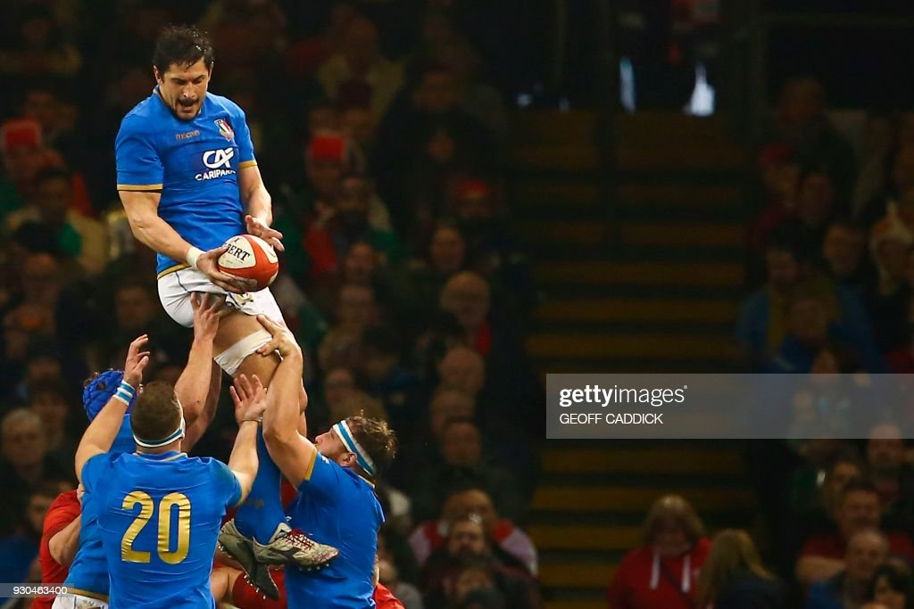 Italy's lock Alessandro Zanni catches the ball in a lineout during the Six Nations international rugby union match between Wales and Italy at the Principality Stadium in Cardiff, south Wales, on March 11, 2018. / AFP PHOTO / Geoff CADDICK / RESTRICTED TO EDITORIAL USE. Use in books subject to Welsh Rugby Union (WRU) approval.