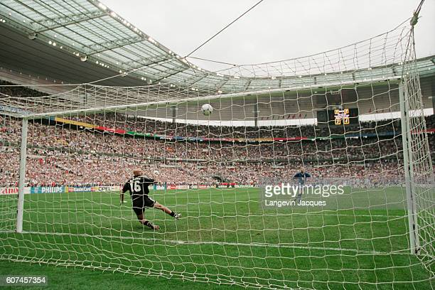 Italy's Luigi Di Biagio misses hits penalty kick during the quaterfinals match of the 1998 FIFA World Cup France vs Italy