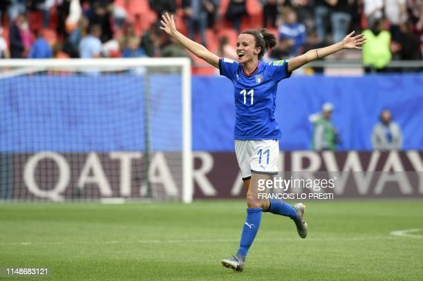 Italy's midfielder Barbara Bonansea celebrates her team's victory at the end of the France 2019 Women's World Cup Group C football match between...