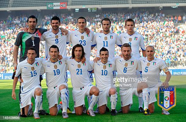 Italy's national football team poses on June 3 2010 at the Heysel stadium prior to a friendly football match against Mexico in Brussels ahead of the...
