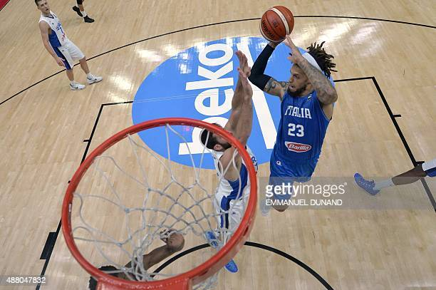Italy's point guard Daniel Hackett goes to the basket during the round of 16 basketball match between Israel and Italy at the EuroBasket 2015 in...