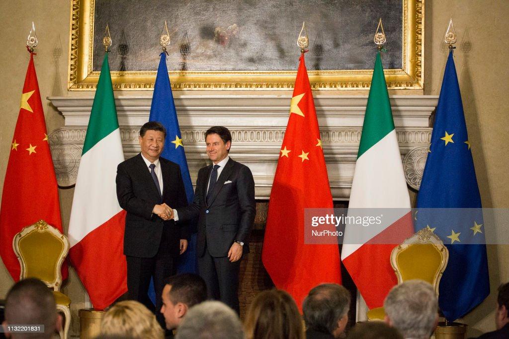 Italy - China - Diplomacy : News Photo