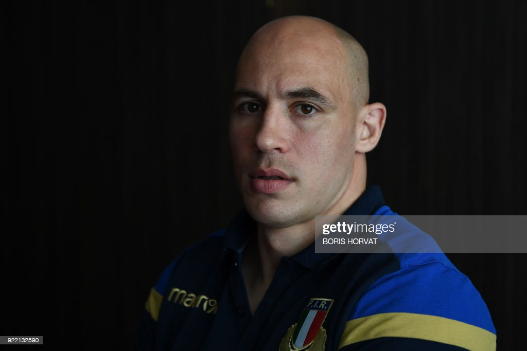Italy's rugby captain Sergio Parisse poses in the mix-zone in Marseille on February 21, 2018 after a press conference to announce Italy's Six Nations rugby squad ahead of the Six Nations rugby match against France. /