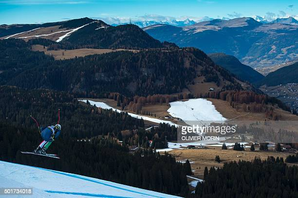 Italy's Siegmar Klotz practices during the FIS Alpine World Cup Men's Downhill training on December 17 2015 in Val Gardena Northern Italy / AFP /...