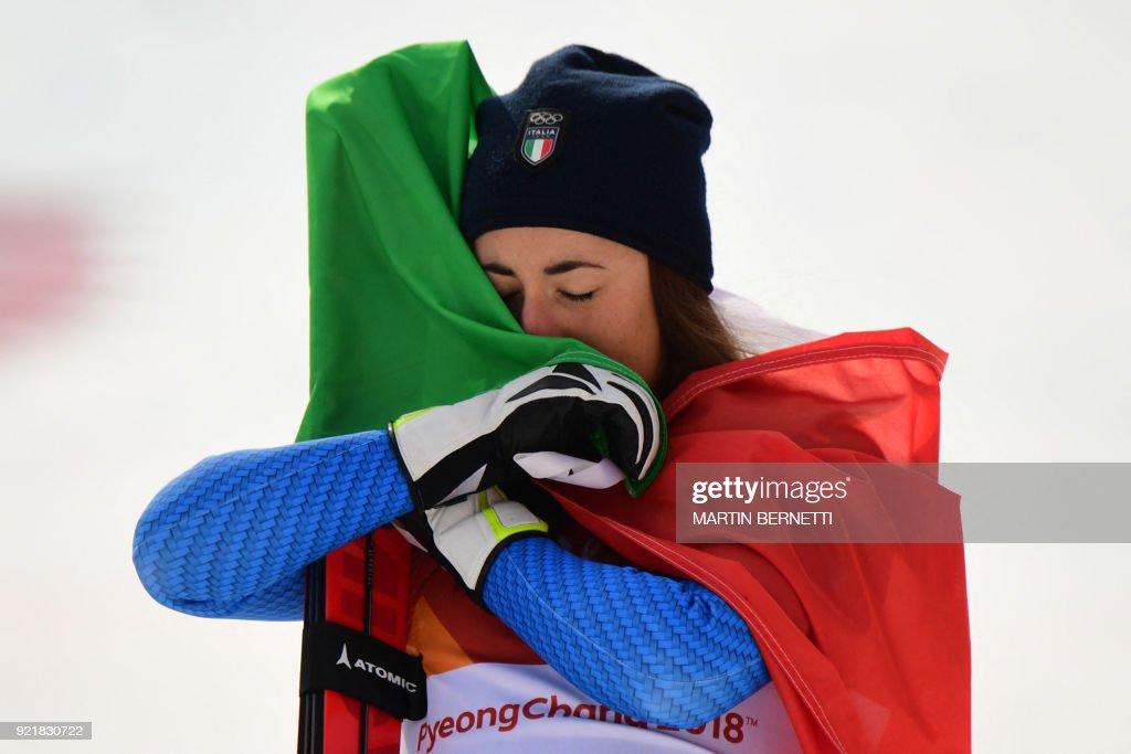 TOPSHOT-ALPINE-SKIING-OLY-2018-PYEONGCHANG-PODIUM : News Photo