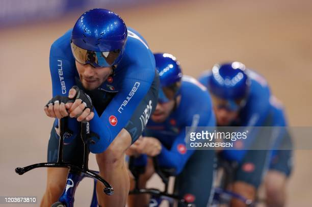 Italy's team competes in the men's Team Pursuit Finals at the UCI track cycling World Championship at the velodrome in Berlin on February 27, 2020.