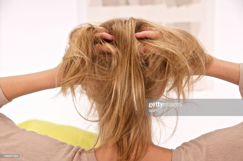 Itching in an adolescent : Stock Photo