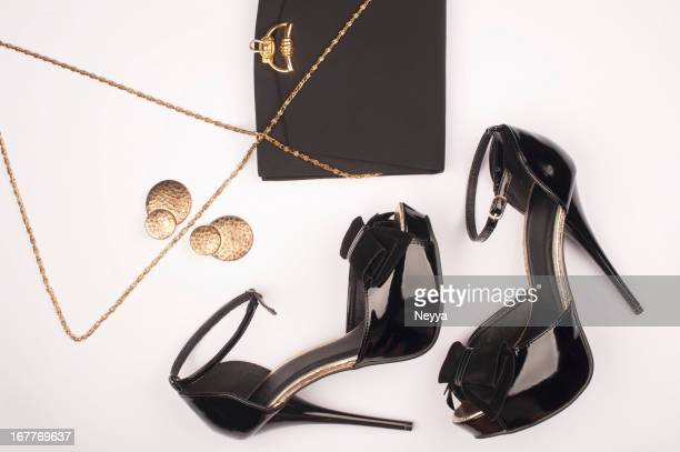 Items associated with the idea of glamour
