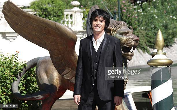 Ito Hideaki arrives in Venice for the Sukiyaki Westerm Django photocall during day 8 of the 64th Venice Film Festival on September 5 2007 in Venice...