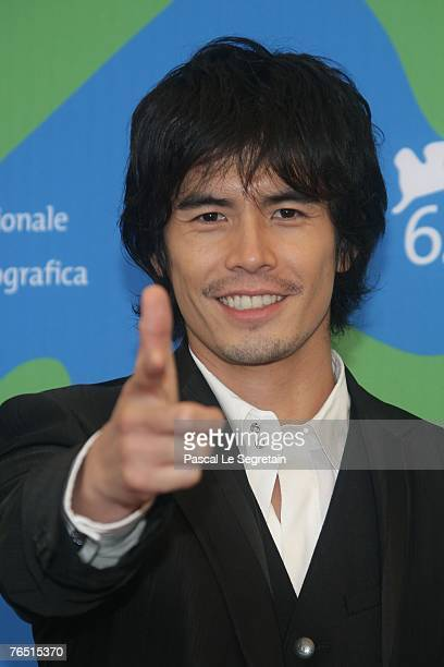 Ito Hideaki attends the Sukiyaki Westerm Django photocall in Venice during day 8 of the 64th Venice Film Festival on September 5 2007 in Venice Italy