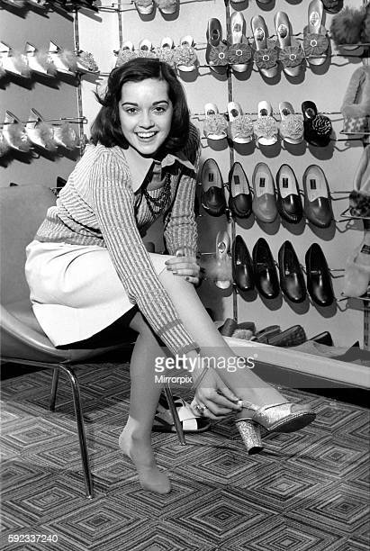 It's a little bit tough for Gemma as she takes a small size 2 1/2 which isn't always stocked April 1975 752104004