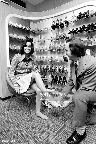 It's a little bit tough for Gemma as she takes a small size 2 1/2 which isn't always stocked April 1975 752104009